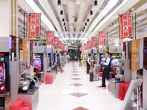 石川県 マルハン金沢店 金沢市泉本町 画像1