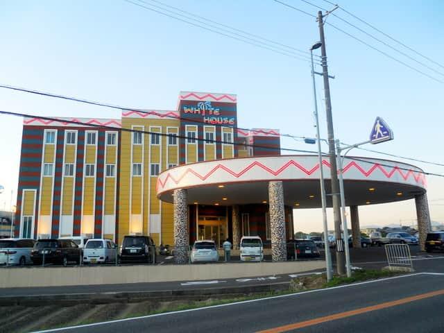 兵庫県 南淡ホワイトハウス 南あわじ市賀集 外観写真
