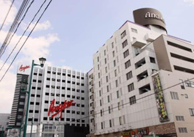 広島県 パーラーアンコール 東広島市西条昭和町 外観写真
