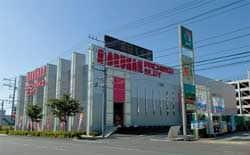神奈川県 マルハン平沢店 秦野市平沢 外観写真