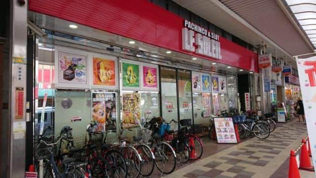 大阪府 る・それいゆ布施店 東大阪市足代南 外観写真