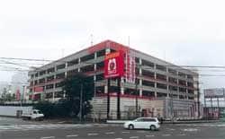 静岡県 マルハン中原店 富士宮市舞々木町 外観写真